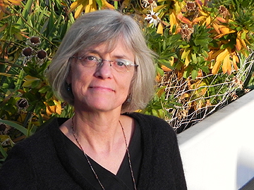 Lynn McCormick Hunter Bio